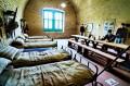 Odtworzona sypialnia wojskowa