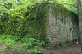 Jeden z zamaskowanych bunkrów w strefie Źródło