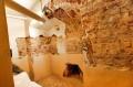 Piwnice z murami pierwotnego zameczku