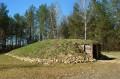 Grobowiec w wiosce neolitycznej