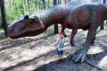 Dinomaniak ze swoim ulubieńcem
