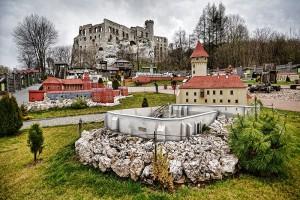 OGRODZIENIEC - PODZAMCZE - Park miniatur