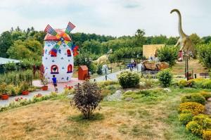 KOŁACINEK - Dinopark