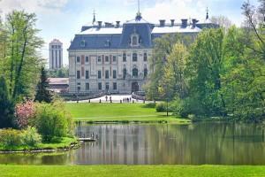 PSZCZYNA - Kompleks pałacowo - parkowy