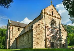 BELAPATFALVA - Romański kościół pocysterski