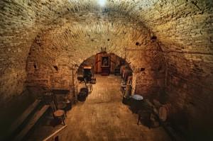 Piwnica - więzienie