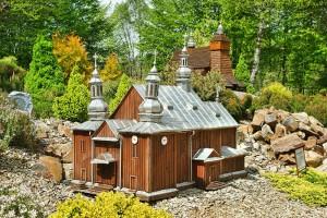 MYCZKOWCE - Ośrodek Caritas z parkiem miniatur