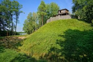 MRÓWKI - Skansen archeologiczny