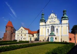 STRZELNO - Kościoły romańskie