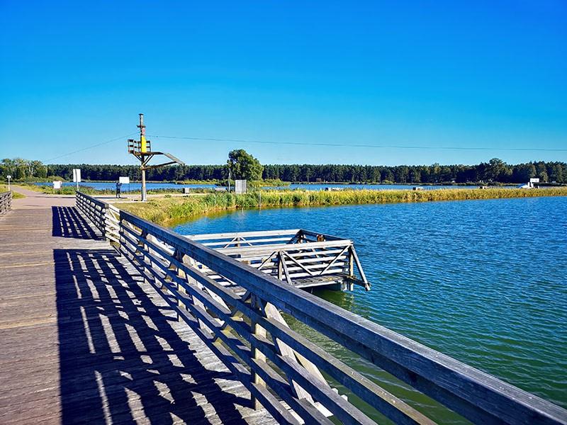 Widok z mostu na zalewie