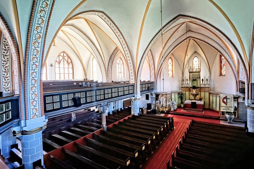 OSTRÓDA - Kościół ewangelicki z punktem widokowym